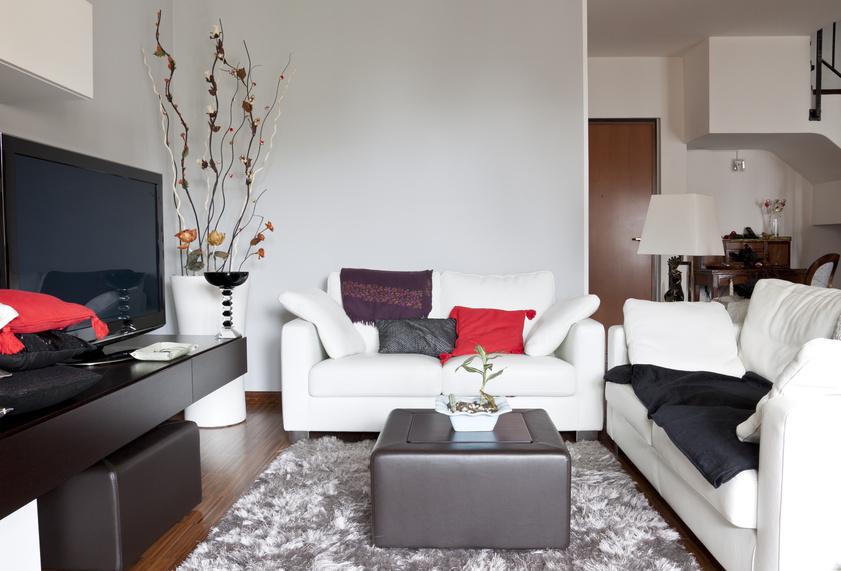 Der Artikel gibt Tipps zum Sparen beim Möbelkaufen.