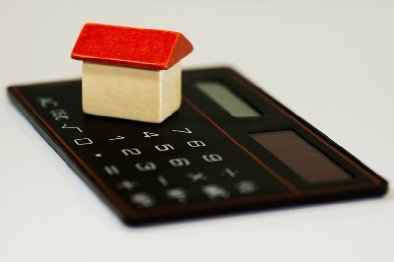 Hohe Mieten: Wie Wohnkosten die Schuldenspirale verstärken