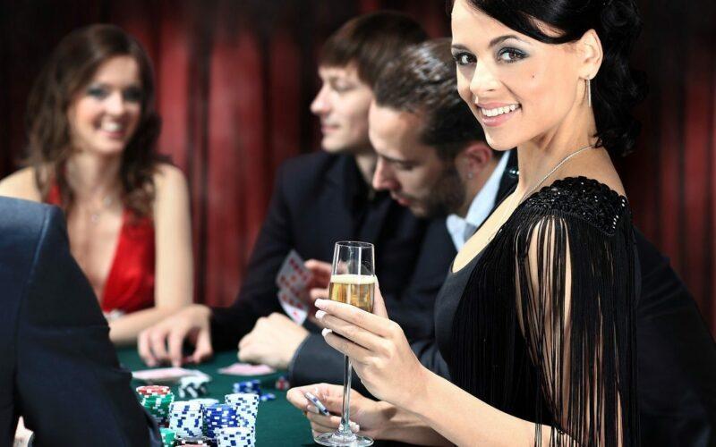 So gelingt Ihre festliche Casino-Party
