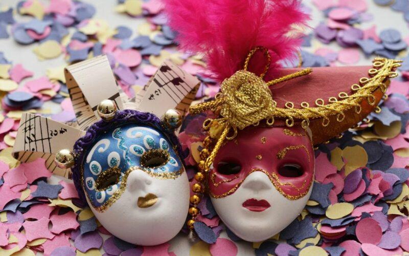 Zur närrischen Zeit: So gelingt die eigene Karnevalsparty
